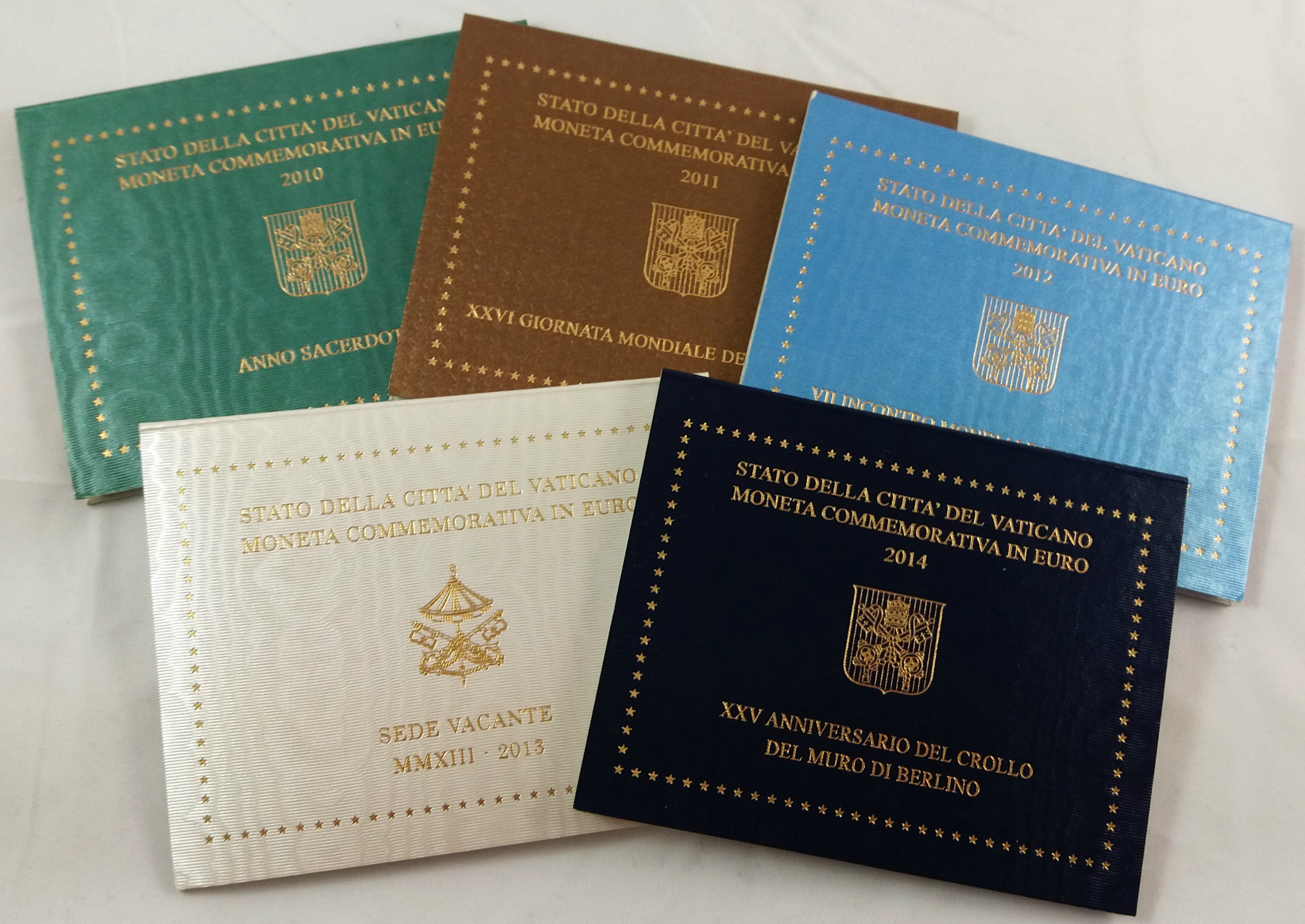 Vatican City, Lot Of 5 Different 2 Euro BU Coincards, All
